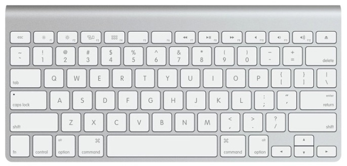 20130712fr-apple-wireless-keyboard-top-view